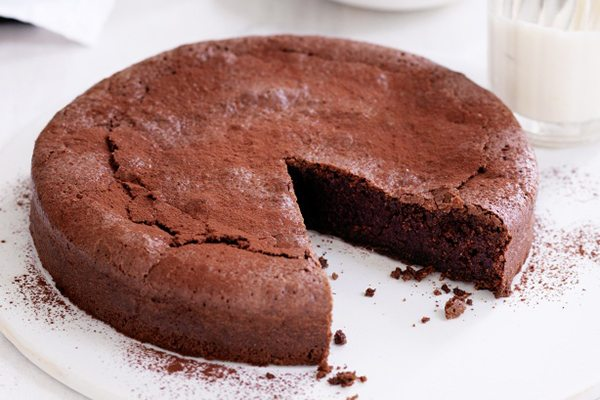 Flourless Chocolate Cake with CBD oil
